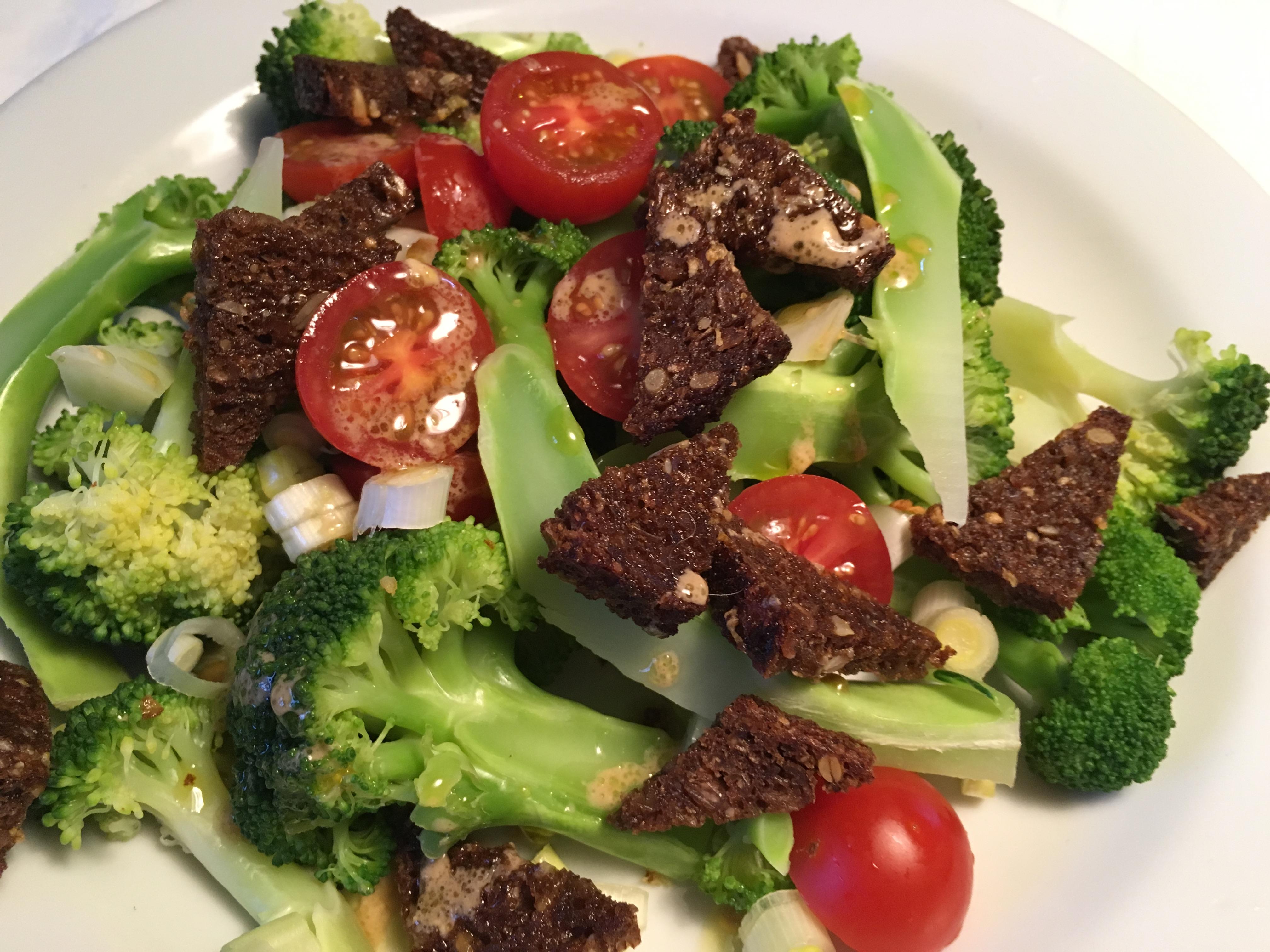 Broccoli, broccolisalat, opskrift, sundt