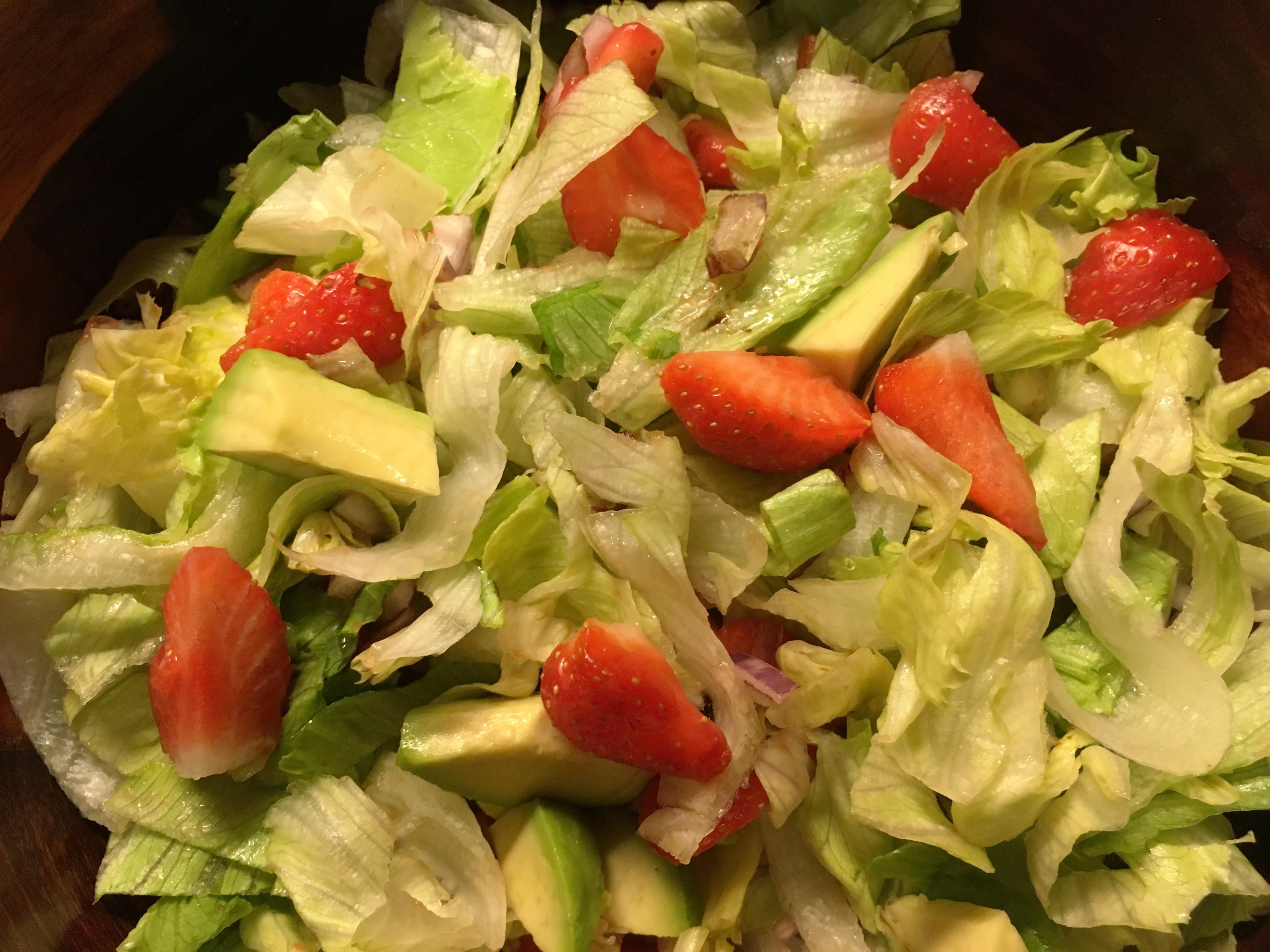avocado, salat, opskrift, jordbær, nem, sjov, superotium, sund