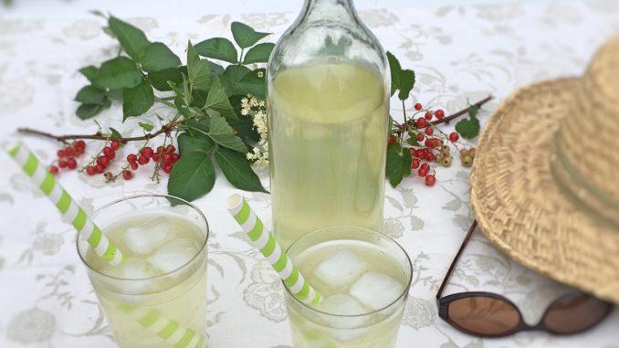 Hyldeblomstsaft opskrift, sommer drik , SuperOtium