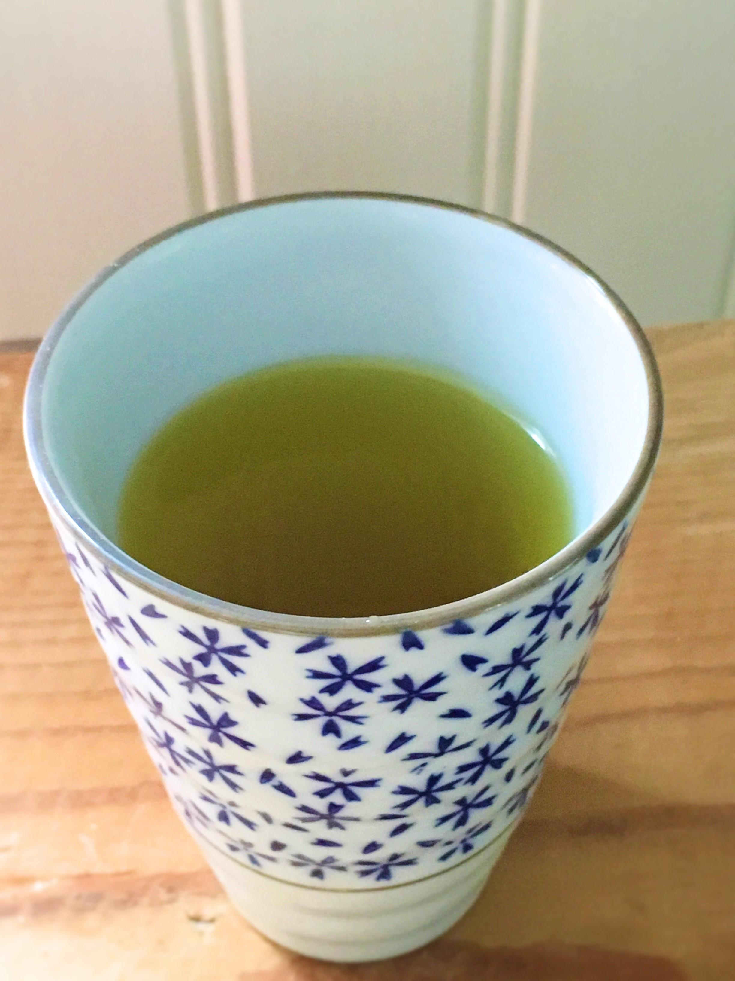 Brændenælde te, nemmere og sjovere opskrift, SuperOtium, gratis te fra naturen